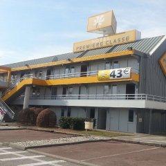 Отель Premiere Classe Lyon Est - Aéroport Saint Exupéry вид на фасад фото 2