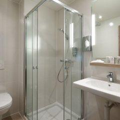 Отель Martins Brugge Бельгия, Брюгге - 6 отзывов об отеле, цены и фото номеров - забронировать отель Martins Brugge онлайн ванная