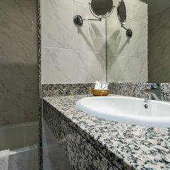 Отель Ramblas Hotel Испания, Барселона - 10 отзывов об отеле, цены и фото номеров - забронировать отель Ramblas Hotel онлайн ванная