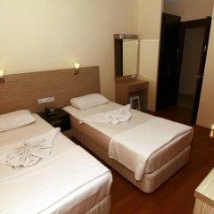 Kleopatra Bavyera Hotel сейф в номере