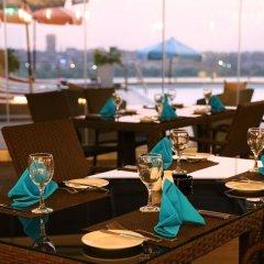 Отель Holiday Inn Cairo Maadi гостиничный бар