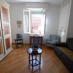 Апартаменты Apartment La Basilica комната для гостей фото 2