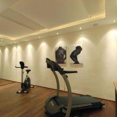 Отель Friesachers Aniferhof Аниф фитнесс-зал