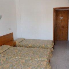 Отель Hostal Alcina комната для гостей фото 2