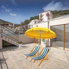 Отель Twelve Черногория, Будва - отзывы, цены и фото номеров - забронировать отель Twelve онлайн бассейн фото 2