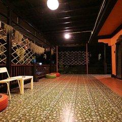 Отель Baan Chalok Hostel Таиланд, Остров Тау - отзывы, цены и фото номеров - забронировать отель Baan Chalok Hostel онлайн интерьер отеля фото 2