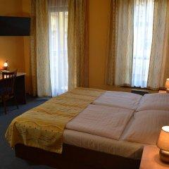 Отель Aparthotel Austria Suites комната для гостей фото 5