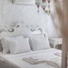 Отель Alacati Alanur Otel Чешме комната для гостей