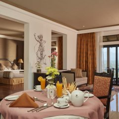 Отель Earl's Regency в номере