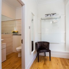 Апартаменты Blythswood Square Apartments комната для гостей