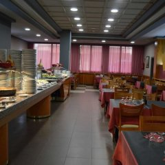 Отель Ciutadella Испания, Курорт Росес - 1 отзыв об отеле, цены и фото номеров - забронировать отель Ciutadella онлайн питание фото 3