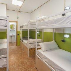 Отель Хостел Loft Apartments Испания, Льорет-де-Мар - отзывы, цены и фото номеров - забронировать отель Хостел Loft Apartments онлайн комната для гостей фото 2