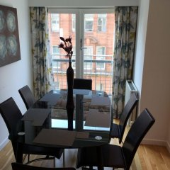 Апартаменты Tolbooth Apartments комната для гостей фото 3