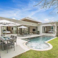 Отель Villa777 Private Pool Villa Phuket бассейн