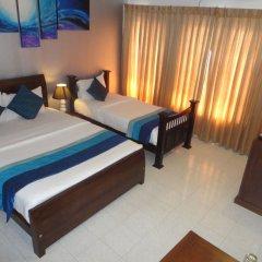 Отель Mount Marina Villas сейф в номере