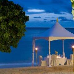 Отель The Westin Resort Guam США, Тамунинг - 9 отзывов об отеле, цены и фото номеров - забронировать отель The Westin Resort Guam онлайн помещение для мероприятий