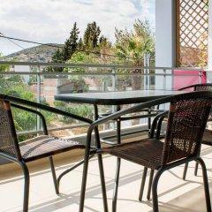 Отель Elvita Spata Luxurious Villa балкон