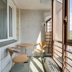 Апартаменты OREKHOVO APARTMENTS with two bedrooms near Tsaritsyno park балкон