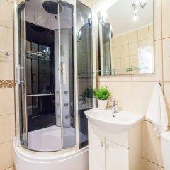 Отель Little Home - Dexter 2 Польша, Варшава - отзывы, цены и фото номеров - забронировать отель Little Home - Dexter 2 онлайн ванная