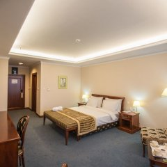 Гостиница Caspian Riviera Grand Palace Казахстан, Актау - отзывы, цены и фото номеров - забронировать гостиницу Caspian Riviera Grand Palace онлайн комната для гостей