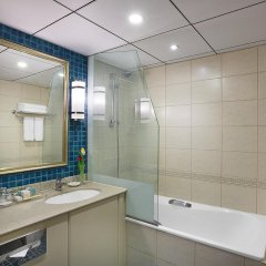 Отель Coral Beach Resort - Sharjah ванная