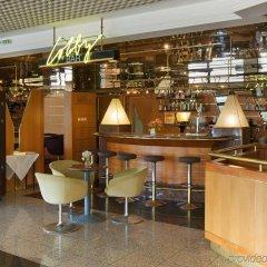 Отель Holiday Inn Bratislava гостиничный бар