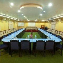 Отель Jungle Safari Lodge Непал, Саураха - отзывы, цены и фото номеров - забронировать отель Jungle Safari Lodge онлайн помещение для мероприятий