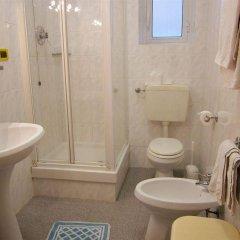 Отель Soana City Rooms ванная фото 2