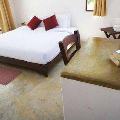 Отель Dacha Resort Phuket комната для гостей