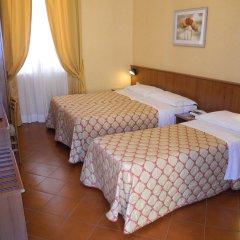 Отель Corona комната для гостей