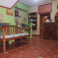 Отель Mary's Hotel Гондурас, Копан-Руинас - отзывы, цены и фото номеров - забронировать отель Mary's Hotel онлайн интерьер отеля