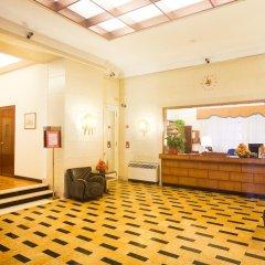 Отель Bettoja Hotel Atlantico Италия, Рим - 3 отзыва об отеле, цены и фото номеров - забронировать отель Bettoja Hotel Atlantico онлайн интерьер отеля фото 3