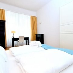 Апартаменты Vienna Residence Quiet Apartment With Space for up to 6 People комната для гостей фото 3