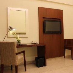 The Hans Hotel New Delhi удобства в номере