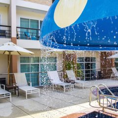 Отель The Beach Boutique House бассейн