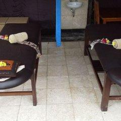 Отель Biyukukung Suite & Spa сейф в номере