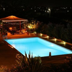 Отель Villa Abelos Греция, Галатси - отзывы, цены и фото номеров - забронировать отель Villa Abelos онлайн бассейн