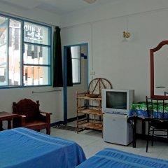 Отель Niku Guesthouse Патонг комната для гостей фото 5