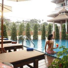 Отель Suvarnabhumi Suite Бангкок бассейн