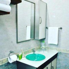 Отель Airport Comfort Inn Premium Мальдивы, Северный атолл Мале - отзывы, цены и фото номеров - забронировать отель Airport Comfort Inn Premium онлайн ванная