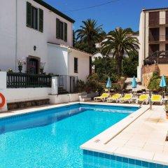 Отель Sant March бассейн