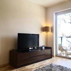 Отель ClickTheFlat Artistic Estate Apartment Польша, Варшава - отзывы, цены и фото номеров - забронировать отель ClickTheFlat Artistic Estate Apartment онлайн комната для гостей