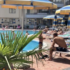 Отель Central Plaza Studio Болгария, Солнечный берег - отзывы, цены и фото номеров - забронировать отель Central Plaza Studio онлайн бассейн фото 2