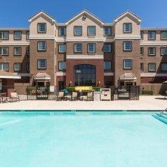 Отель Staybridge Suites Sacramento Airport Natomas бассейн фото 3