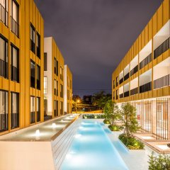 Отель Craftsman Bangkok Бангкок бассейн