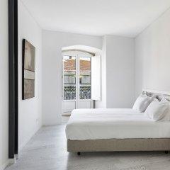 Апартаменты Hello Lisbon Castelo Apartments комната для гостей фото 4