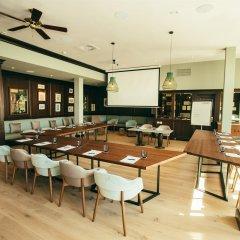 Отель Lindner Golf Resort Portals Nous питание