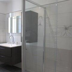 Отель Happy Few - Les Ponchettes Франция, Ницца - отзывы, цены и фото номеров - забронировать отель Happy Few - Les Ponchettes онлайн ванная фото 2