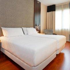 Отель NH Barcelona Eixample Испания, Барселона - отзывы, цены и фото номеров - забронировать отель NH Barcelona Eixample онлайн комната для гостей фото 2
