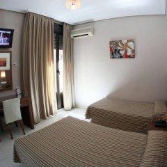 Отель Hostal Bermejo